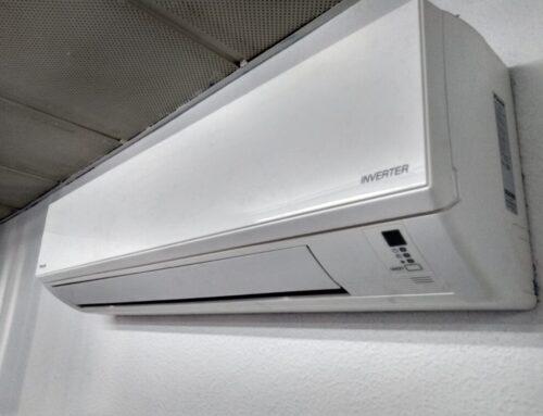 ¿Quién puede instalar un split de aire acondicionado?
